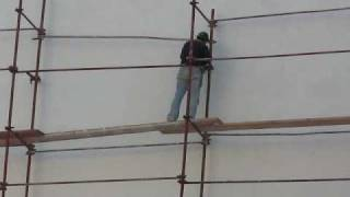 Scary Middle Eastern Scaffolding