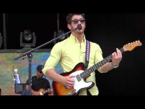 Jonas Brothers - Give Love A Try   Atlanta, GA 8 04 2013