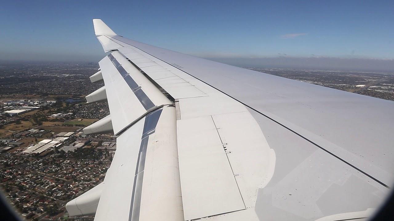 Download Qantas Airbus A330 Landing - Melbourne (QF 421)