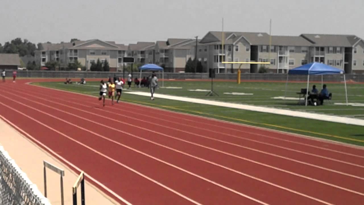 Fastest 11 year old girl 100 yard dash