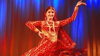 Dil Cheez Kya Hai - live singing - Indian Dance Group Mayuri, Russia