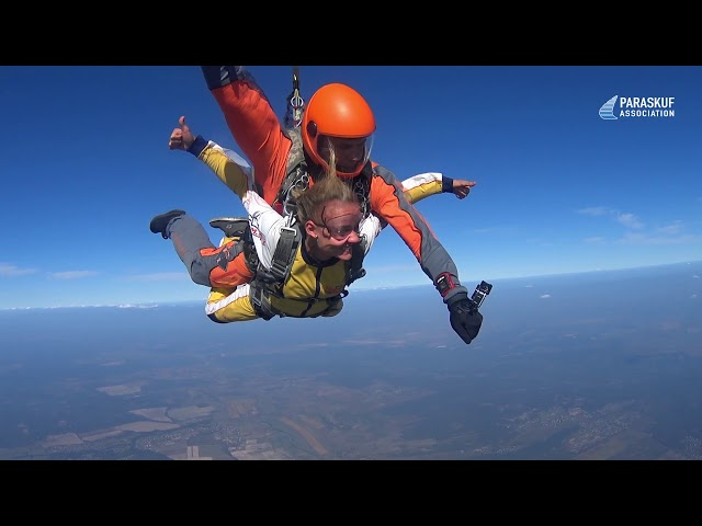 Первый тандем-прыжок с инструктором на Бородянке (ПАРА-СКУФ)