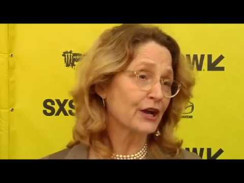 """SXSW 2017: Melissa Leo talks on """"The Most Hated Woman in America"""" red carpet"""