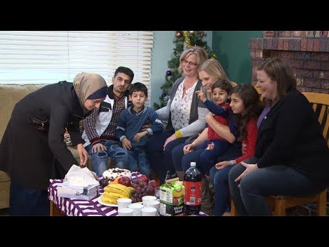 Syrian refugees helped by private sponsors into Canada