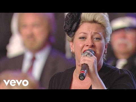 Amber Thompson, TaRanda Greene, David Phelps - I Stand Amazed [Live]