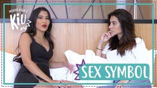 Cleo ensinando Thaynara OG a ser sexy | #2 | Minha Vida é KIU | Thaynara OG