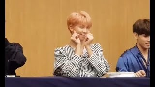 "Download Video 170922 CUTE BTS AT ALADIN FANSIGN FOR LOVE YOURSELF ""HER"" ALBUM MP3 3GP MP4"