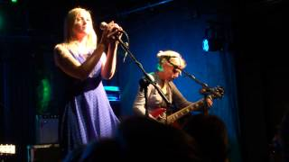 Laura Kidd (She Makes War) & Tanya Donelly (Belly), Slow Dog, Trinity, Bristol 230914