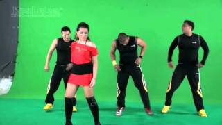 Amanda Gonzales Bikin Videoklip Bareng Ortu