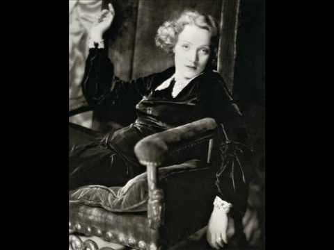 Marlene Dietrich Ich Bin Die Fesche Lola Youtube