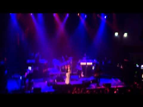 Ms. Lauryn Hill - Killing Me Soflty Dub Version Live @ Filadelfiakyrkan Stockholm, Sweden 2012-01-23