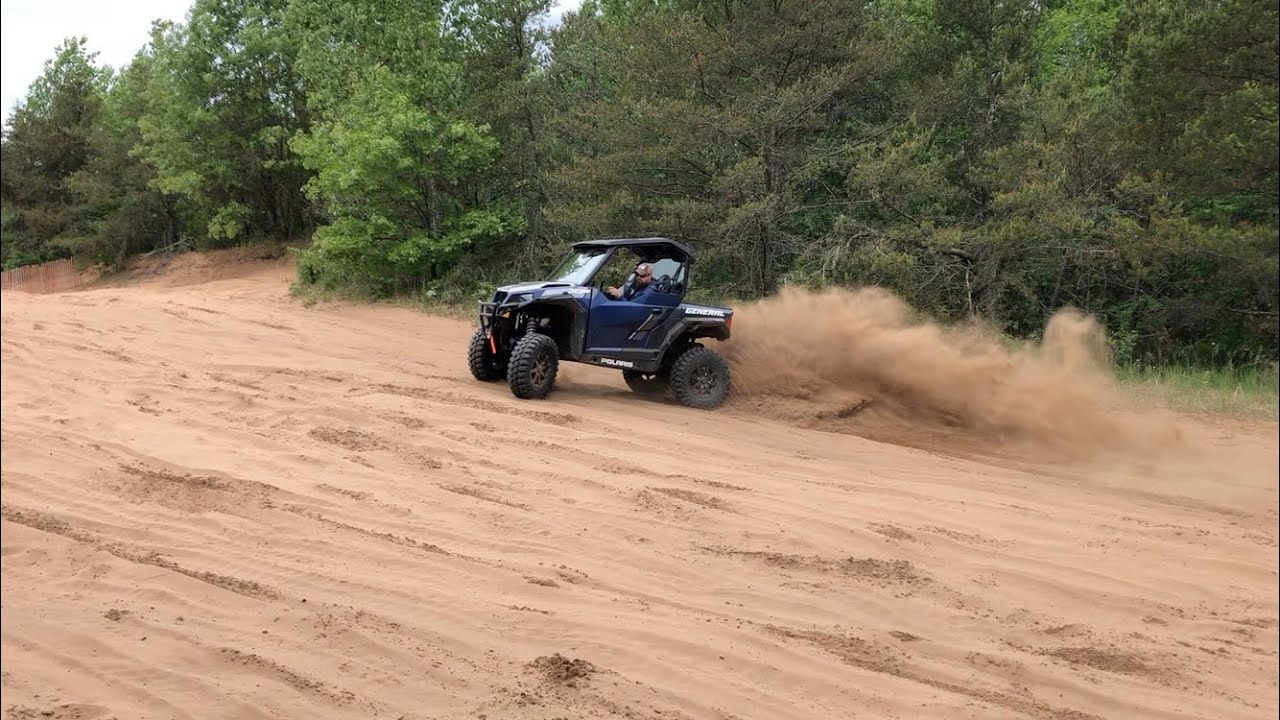 2020 Polaris General XP sand donuts and playing!