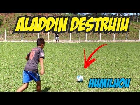 ALADDIN DESTROI PERNAS DE PAU FC DESAFIOS DE FUTEBOL