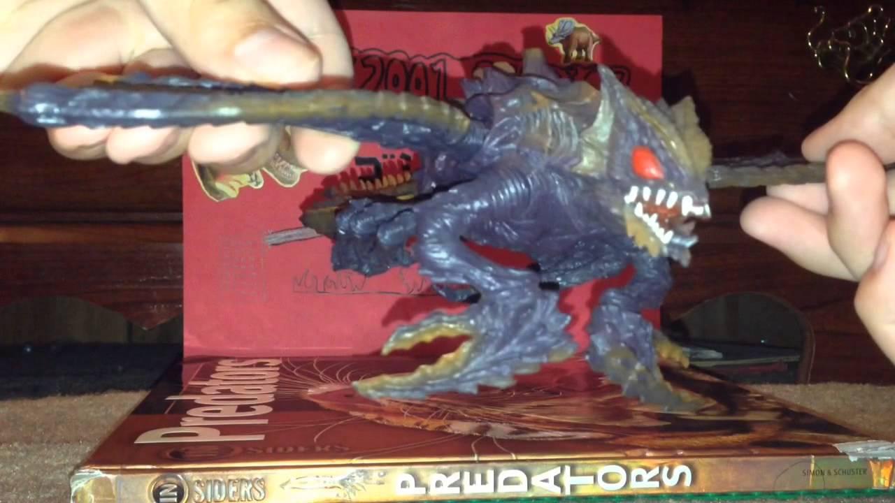 Bandai Godzilla VS Megaguirus blister pack review - YouTube