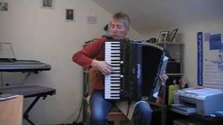 """Besame mucho"" on the Roland V-Accordion FR-7"