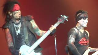 "Sixx AM ""Everything Went To Hell"" 5/18/16 Pittsburgh"