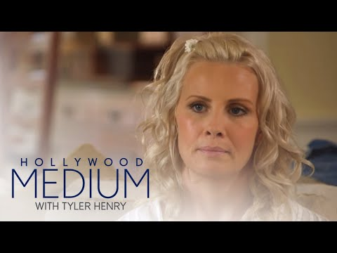Tyler Henry Connects With Monica Potter's Father  Hollywood Medium with Tyler Henry  E!