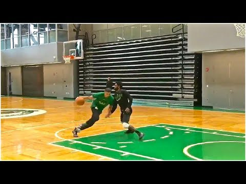 Kyrie Irving & Jayson Tatum play 1 on 1 after Celtics practice