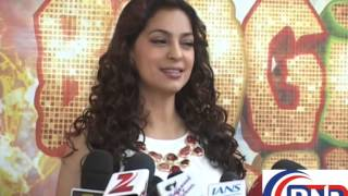 madhuri dixit  juhi chawla at gulab gang parmotion boogie woogie part -1