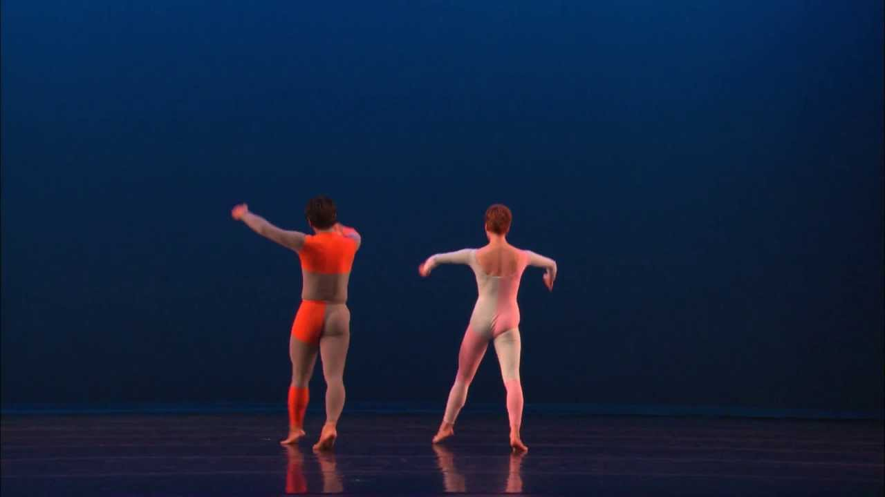 merce cunningham choreographic stlye Learn about the many different types of dance: ballet, modern, hip-hop, folk, jazz, ballroom and merce cunningham developed intricate methodologies for their.