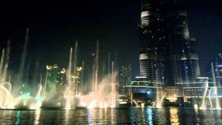 Burj Khalifa & water fountain show ( Michael Jackson - Thriller )