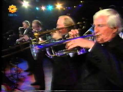Chris Barber - Just A Closer Walk With Thee