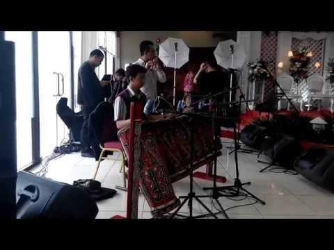 Gondang Batak Uning-uningan dari Batara Guru Junior di Resepsi Pernikahan Abang