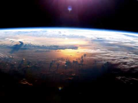 FROM EARTH TO OUTER SPACE music with fabulous images ...