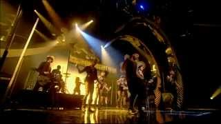 Rihanna - Disturbia live @ For One Night Only
