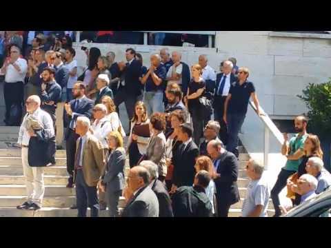 Ai funerali di Stefano Rodotà la folla canta Bella Ciao