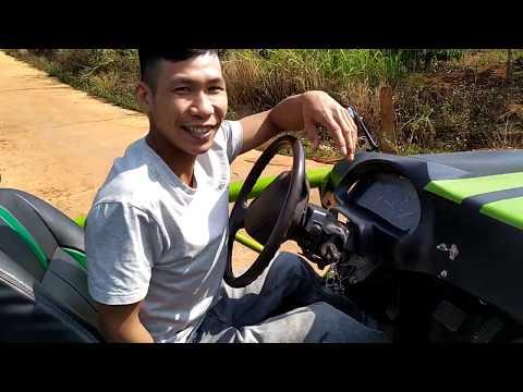Chàng trai trẻ tự chế tạo siêu xe đua đẹp độc lạ gọi 0367506506.