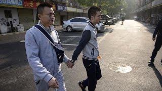 القضاء الصيني يرفض طلب رجلين مثليي الجنس السماح لهما بالزواج    14-4-2016