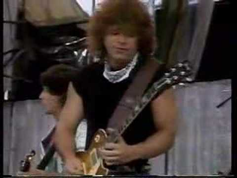 REO Speedwagon Can't fight this feeling @Live AId