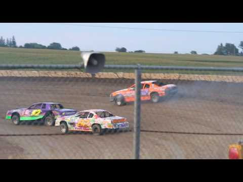 MVI 9683    STUART SPEEDWAY 7/24/2016 STOCK CAR FEATURE