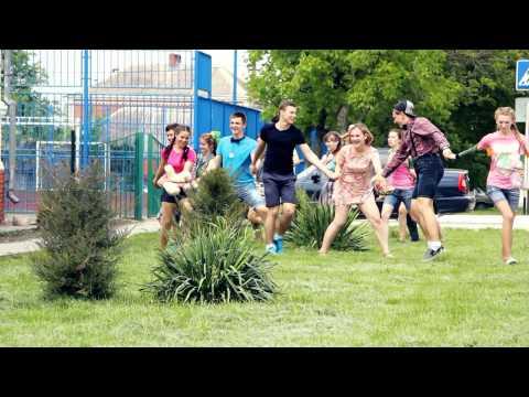 Выпускник 2015 г.Тимашевск ролик о детстве