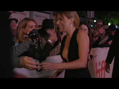 American Woman: Sienna Miller Red Carpet Premiere Arrivals T