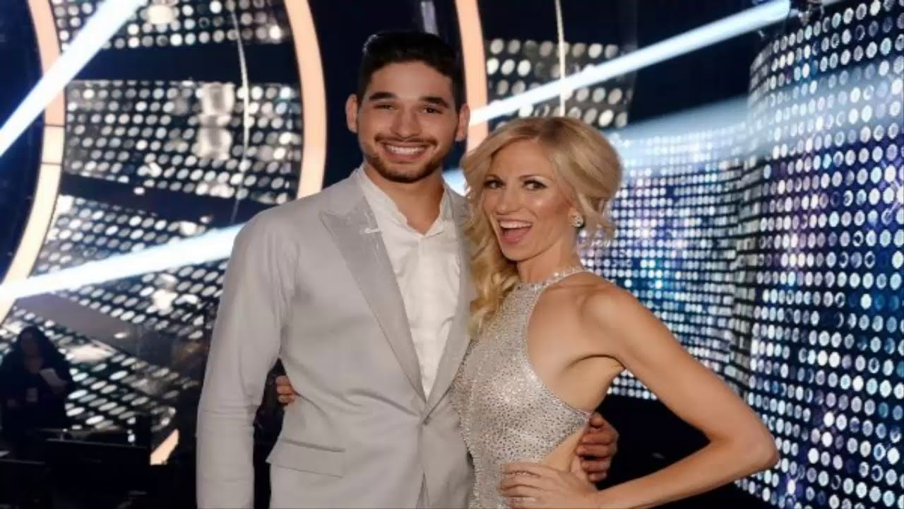 Debbie Gibson impresses judges with 'Dancing with the Stars' debut