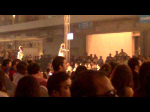 Umer Iftikhar live at PFDC Fashion Week 2011