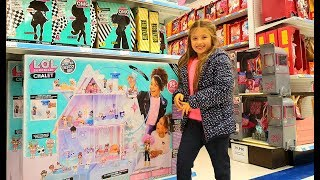 LOL Surprise Shopping! Furniture Doll, Winter Disco