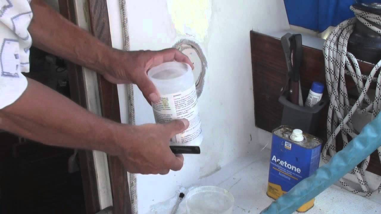 Fiberglass Hole Repair : Repair filling large hole in fiberglass on boat part