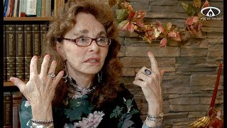"LINDA MOULTON HOWE ~ ""E.T. Experiments & Alien Races On Planet Earth"" [Age Of Truth TV] [HD]"