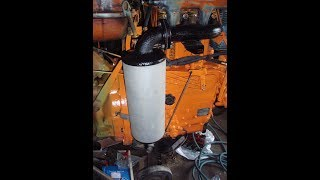 Tracteur RENAULT V72, partie 2 : le moteur.