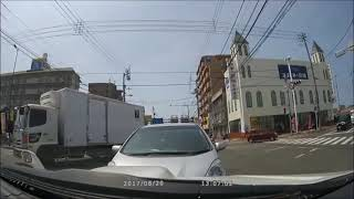 【 悲報 】老人のあり得ない運転を発見 ♪ 次の事故まで数分と予測 ♪
