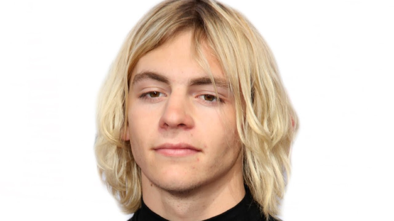 Ross Pictures Lynch