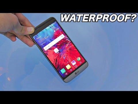 LG G5 - Water Test - Is it waterproof? (4K)