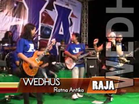 RATNA ANTIKA  WEDUS (LIVE BULU LAWANG - MALANG )BERSAMA RAJA ROCK DANGDUT