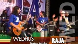 Video RATNA ANTIKA  WEDUS (LIVE BULU LAWANG - MALANG )BERSAMA RAJA ROCK DANGDUT download MP3, 3GP, MP4, WEBM, AVI, FLV Agustus 2017