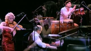 Moliendo Café - CLASSICO LATINO & Friends (Live concert in Bogotá)