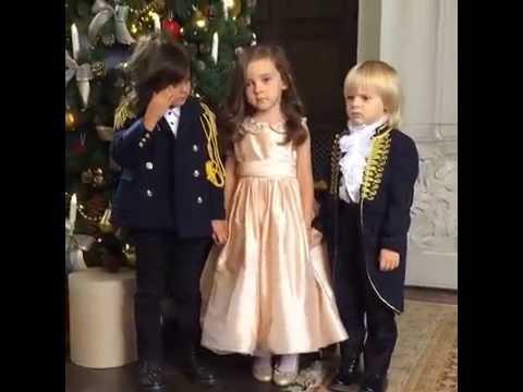 Дети Филиппа Киркорова и сын Яны Рудсковской на съемках новогодней фотосессии