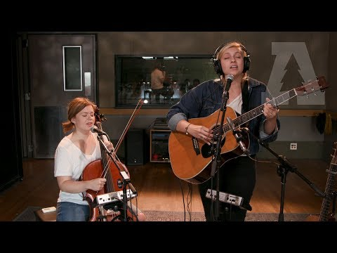 Andrea von Kampen - Old Country - Audiotree Live (5 of 7) Mp3